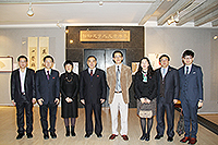 Prof. Jia Yimin (fourth from left) visits the Art Museum of CUHK, and meets with Prof. Josh (fourth from right), Acting Director of the Art Museum