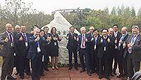 中大與各校代表在會上簽署《上海宣言》,共同引領科學發展