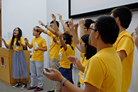 Participants preform on stage to share their happiness with fellow students and CUHK staff and teachers
