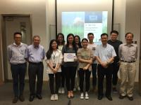 Group photo of Prof. Chan Wai-yee, Prof. Woody Chan, Prof. Fung Kwok-pui and Prof. Alfred Cheng with members of the 5th Executive Committee of the SBS PSA