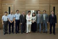 Prof. Chen Zijiang (middle), Prof. Chan Wai-yee (4th from left), Prof. Fung Kwok-pui (1st from right), and Prof. Christopher Cheng (2nd from right)