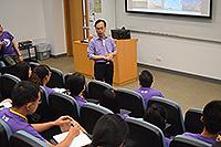 香港亞太研究所助理所長鄭宏泰博士與三校師生分享真知灼見(區富喬同學提供)