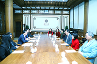 Senior members of CUHK and Tsinghua University discuss collaboration issues