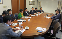 Mr. Liang Qun, Director of United Front Department of Ningbo Municipal Committee leads a delegation to CUHK