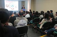 楊寶峰院士在講座中分享對藥物學的研究心得