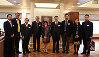 中大副校長張妙清教授(中)與中大教職員歡迎中國工程院代表團來訪