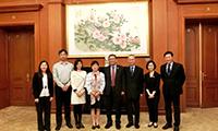 段崇智校長(右四)率團訪問中國人民對外友好協會