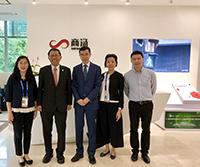 段崇智校長率中大代表參觀由中大工程學院湯曉鷗教授於2014年創立的商湯集團