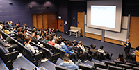 Staff and students from School of Life Sciences are attracted to the lecture delivered by Prof. Tsai Ming-Daw