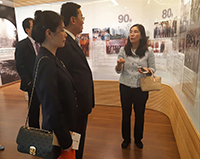 Mr. Xie Feng, Commissioner of the Ministry of Foreign Affairs of PRC in the HKSAR tours the University Gallery