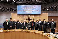 教育部吳啟迪副部長(中)為中國大學校長聯誼會2008年會暨校長論壇主持揭幕典禮