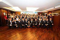 嘉賓與學生出席在上海總會舉行的結業典禮