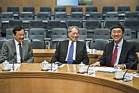 (From left) Prof. Benjamin Wah, Provost; Prof. Cheng Siwei; Vice-Chairman, Standing Committee of the 9th and 10th National People's Congress of the People's Republic of China; and CUHK Vice-Chancellor Prof. Joseph Sung