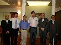 Prof. Gu Jiang (3rd from right), Vice-President of Shantou University visits CUHK