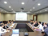 A delegation from Central University visits the Chinese University of Hong Kong to discuss academic cooperation.