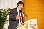 Prof. Joseph J.Y. Sung gives a speech.