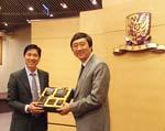 寧波市教育局黃士力局長與中大校長沈祖堯教授會晤。