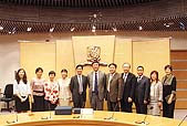 CUHK representatives warmly welcome the delegation from Ningbo Education Bureau.