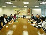 The delegation from Lanzhou University visits Chung Chi College.