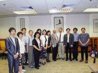 台灣交通大學代表團與社會科學院院長李少南教授(右五)會晤