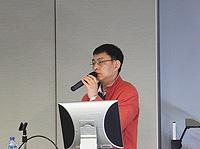 深圳市科技工貿和資訊化委員會科技創新支撐處席衛忠副處長在中國聯繫講座上,介紹2012深圳市孔雀計劃