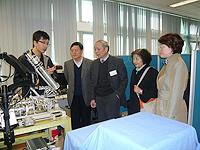 中科院院士代表團參訪中大相關實驗室