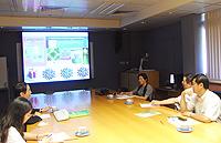 雲南省科技廳代表團與環境、能源及可持續發展研究所副所長余濟美教授(左二)會晤