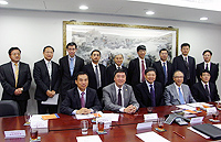 Delegation from Shenzhen University: Prof. Li Qingquan (middle, front row), President of Shenzhen University meets with Prof. Joseph Sung (2nd from left, front row), Vice-Chancellor of CUHK