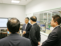 The delegation from China Academy of Space Technology visits the Radio-frequency Radiation Research Laboratory