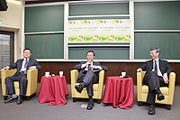 綠色大學聯盟能源及持續發展研討會: 南京大學副校長張榮教授(左)、前中央大學代理校長李誠教授(中)、中大協理副校長、環境、能源及可持續發展研究所副所長馮通教授