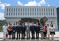 The delegation from Huazhong University of Science and Technology visits the Chinese University of Hong Kong