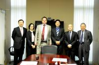 Group photo taken during the visit: Prof.dr.ir Antonius Van der Steen (3rd from left), Prof. Anthony T.C. Chan (1st from left) and Prof. Chan Wai-yee (1st from right)