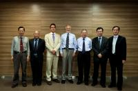 (From left) Prof. Fung Kwok-pui, Prof. Kenneth K.H. Lee, Mr. Marcus Williams, Dr. Mike Titheradge, Prof. Chan Wai-yee, Prof. Woody W.Y. Chan and Prof. Cho Chi-hin