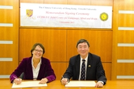 Prof. Joseph Sung (right), Vice-Chancellor and President of CUHK, and Mrs. Marjan J. Oudeman (left), President of Utrecht University, signed a memorandum for the CUHK-UU Joint Centre for Languages, Mind and Brain on 6 Dec 2013.