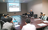 The delegation visits the School of Biomedical Science