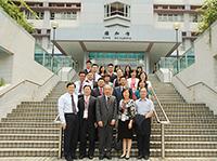 北京大學代表團與中大副校長侯傑泰教授(前排,中)會晤