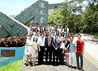 中大校長沈祖堯教授與參加「甬港互訪計劃」學生交流活動的中大和寧大學生會晤