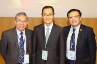 (From left) Prof. Chan Wai-yee, Prof. Shinya Yamanaka, Nobel Laureate in Physiology or Medicine 2012 and Shaw Prize Laureate in Life Science and Medicine 2008, and Prof. Li Gang