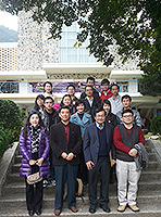 Gathering of Visiting Scholars and Students: Visiting scholars of 'Mainland and Taiwan Visiting Scholar Scheme' and students of 'Research Training Programme for Mainland and Taiwan Students' share CUHK experience with their host professors and OALC staff members