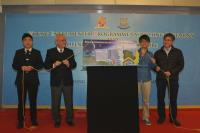 The 'Young Entrepreneur Programme' launching ceremony and the opening of Timing Bookstore were held on 12 January, officiated by Prof. Samuel Sun, College Master; Prof. KB Wong, College Dean of Students; Gary Fung, representative of Timing Bookstore; and Ferdinand Tsang, representative of the Student Union of the College.