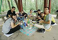 同學們在野餐的同時盡力實踐環保(倫穎彤同學攝於環保交流營)