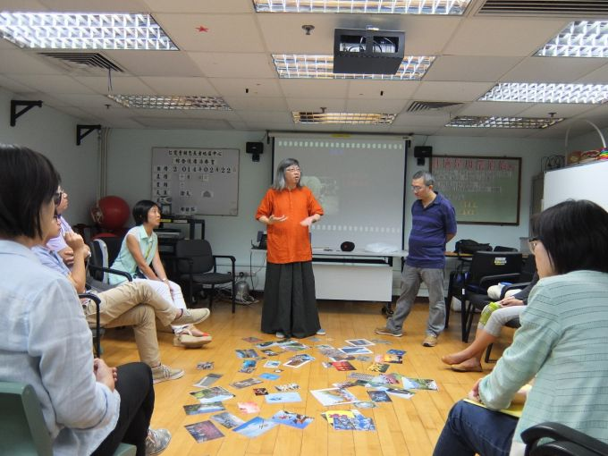 Professor Timothy Leung (Department of Social Work) and experienced social worker Mr Chan Wai Yip conducted a training titled